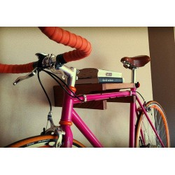 Полка с креплением для велосипеда